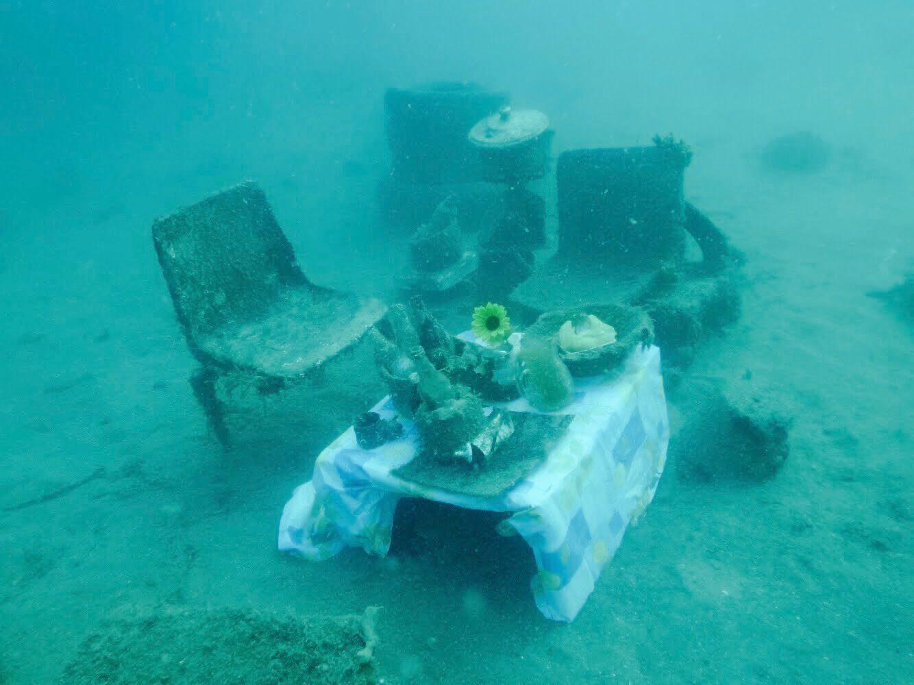 Underwater Bar: Ocean Plastic Waste as Art Material - Julia